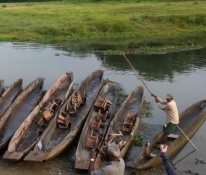 canoe nepalez