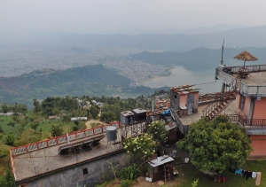 vedere spre Pokhara si lacul Fewa