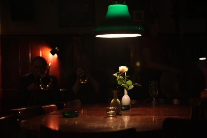 Bar Hvide Lam